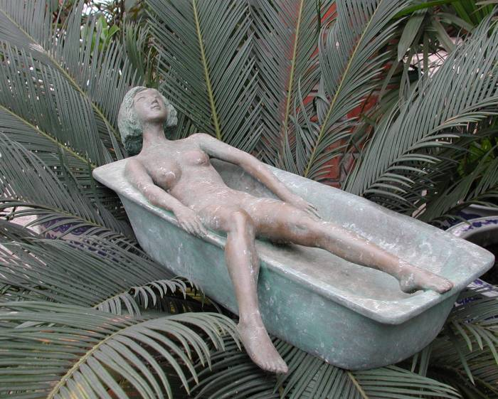 Bathing sculpture - shown here in a different setting!